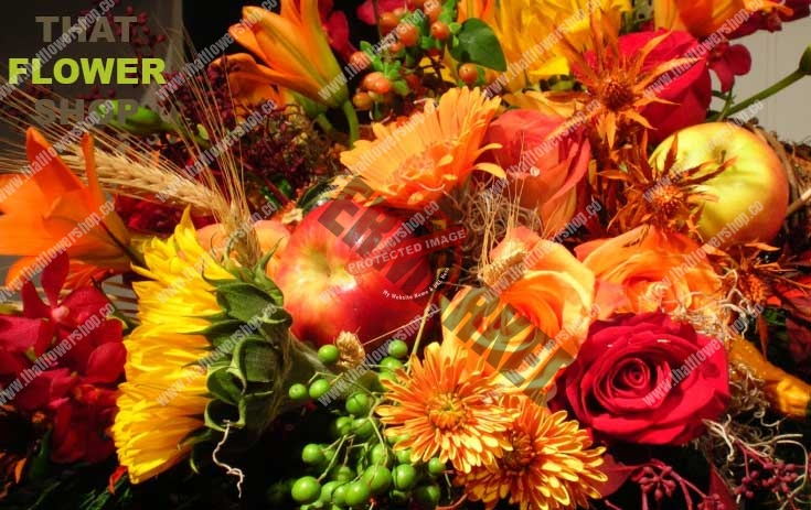 How To Make an EASY, BEAUTIFUL Fall Flower Arrangement