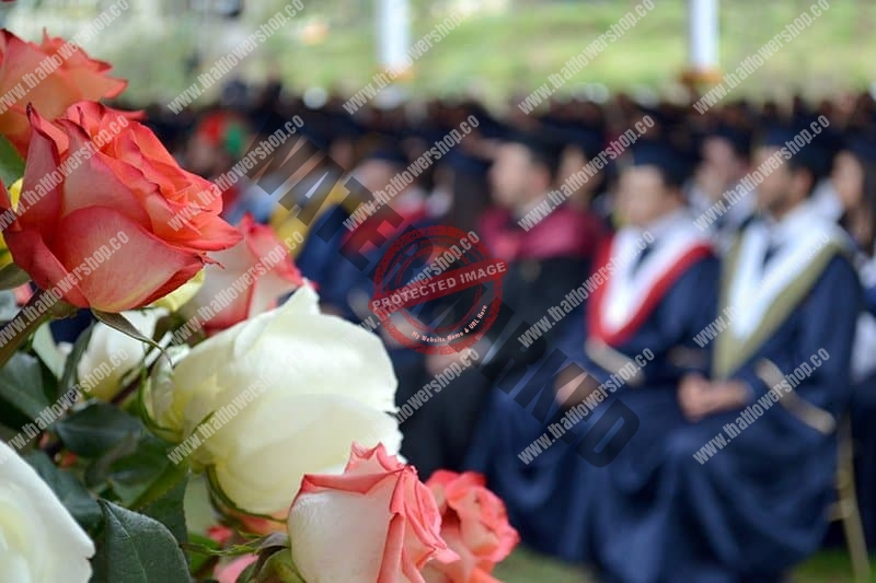 flowers for graduation