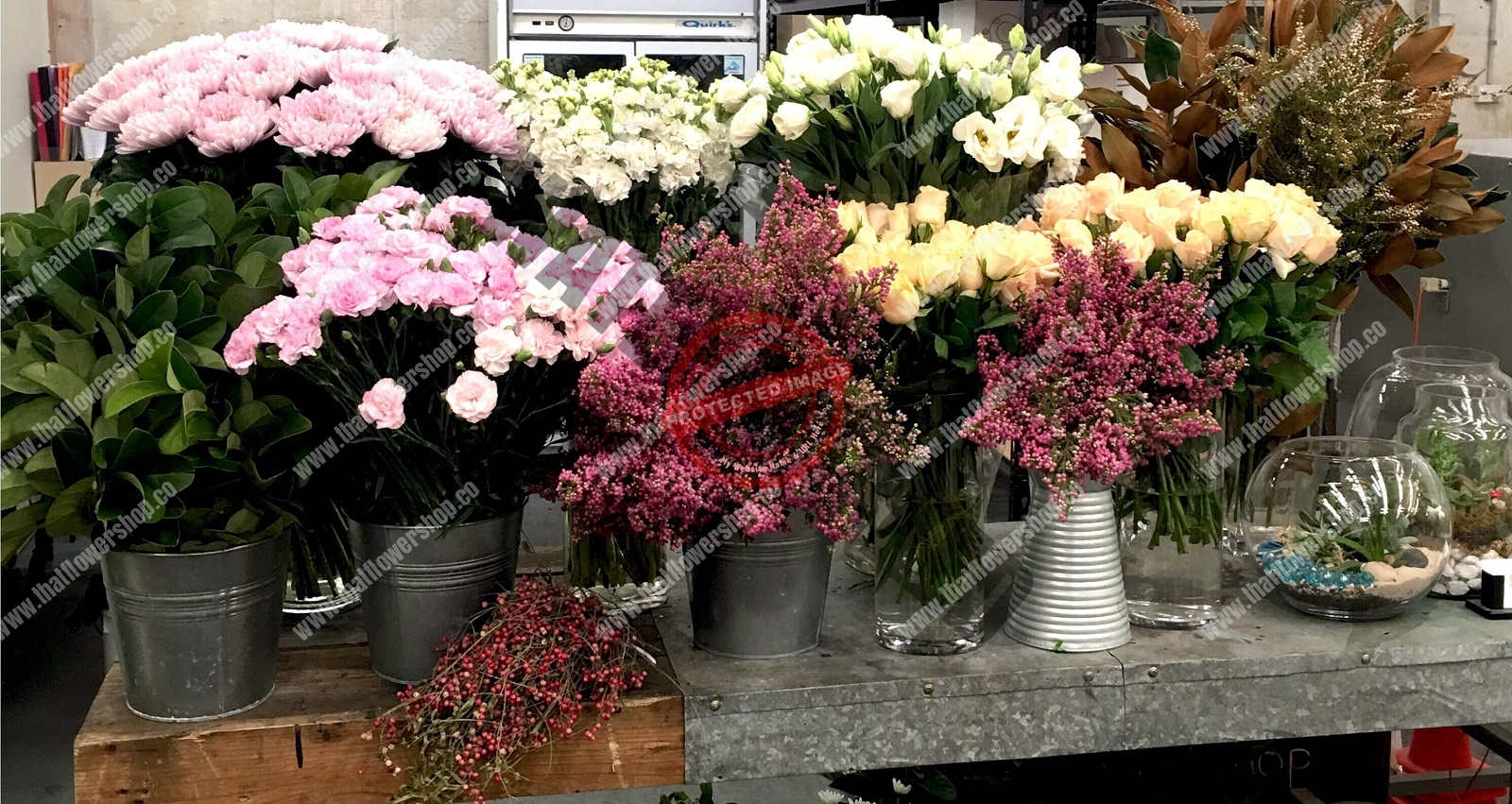 Send Flowers and the Perfect Card Message for Business Grand Opening